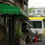 【Tokyo Train Story】路地の向こうを走り抜ける都電荒川線
