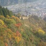 越後湯沢駅から徒歩数分、紅葉真っ盛りの景色を湯沢高原ロープウェイから眺めてみた!『新潟・群馬紅葉紀行 2015』 その2