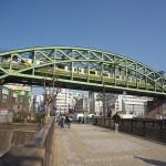 【Tokyo Train Story】秋葉原の街中にある鉄橋(総武線)