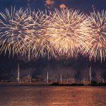 今年も諏訪湖祭湖上花火大会は8月15日(月)に開催! 下諏訪側から昨年撮影した花火の写真を一挙公開します #地域ブログ