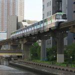 【Tokyo Train Story】ビルに囲まれた中を走る東京モノレール