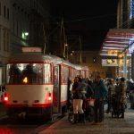 チェコのオロモウツ(Olomouc)で夜の街を走る路面電車を撮影してみた #visitCzech #link_cz #チェコへ行こう #olomouc #オロモウツ #czech