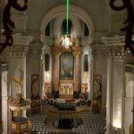 様々な宗派を受け入れているリトミシュルにある聖十字架発見教会(Piarist Church)ではアート鑑賞もできちゃいます #visitCzech #link_cz #チェコへ行こう
