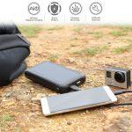 AUKEYの200000mAhあるモバイルバッテリー、ソーラーチャージャーPB-P17が2018年3月21日(水)から27日(火)まで50%オフの1999円(税込)で購入できちゃうキャンペーンをAmazonで実施